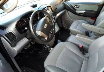 Hyundai Grand Starex